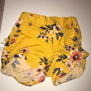 Old Navy Yellow Floral Short